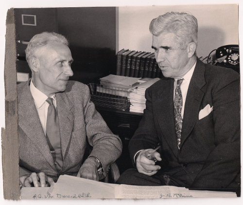 Dutch researcher Johan Van Busschbach meets with famed American parapsychologist J.B. Rhine [Rubenstein Library, Duke University].